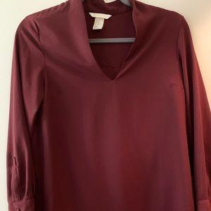 H&M maroon blouse